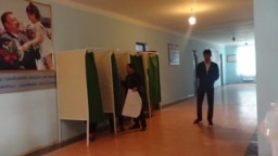 Azerbaijan -- Constitutional referendum voting - 26Sep2016