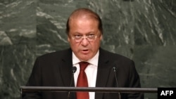 Pakistani Prime Minister Muhammad Nawaz Sharif (file photo)