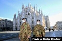 Әдетте туристер көп жүретін Милан қаласында адам аяғы азайған. 24 ақпан 2020 жыл.