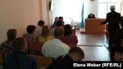 Судебное разбирательство по делу о взрыве котла отопления в поселке Шахан Карагандинской области. Шахтинск, 4 июля 2017 года.