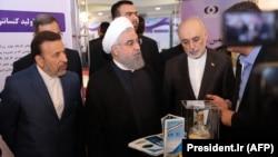 Ирандын президенти Хасан Роухани Улуттук технология күнүн белгилөөгө катышты. 9-апрель, 2018-жыл.