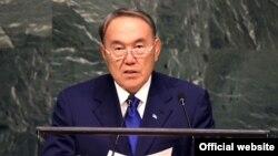 БҰҰ саммитінің күн тәртібін бекіту жөніндегі жиынында сөйлеп тұрған Қазақстан президенті Нұрсұлтан Назарбаев. Нью-Йорк, 27 қыркүйек 2015 жыл.