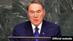 Қазақстан президенті Нұрсұлтан Назарбаев БҰҰ саммитінде сөйлеп тұр. Нью-Йорк, 27 қыркүйек 2015 жыл.