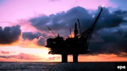 Нефтедобывающая платформа компании Statoil в Северном море