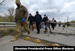 Обмен пленными между Украиной и сепаратистами 16 апреля этого года