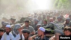 Талоқандағы наразылық шеруі. 18 мамыр 2011 жыл.