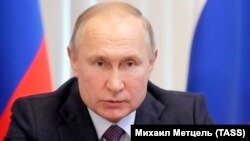 Președintele rus Vladimir Putin s-a întâlnit la Kremlin cu cancelarul Germaniei Angela Merkel.