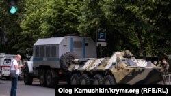 Иллюстрационное фото. Российский ОМОН проводит учения в центре Симферополя