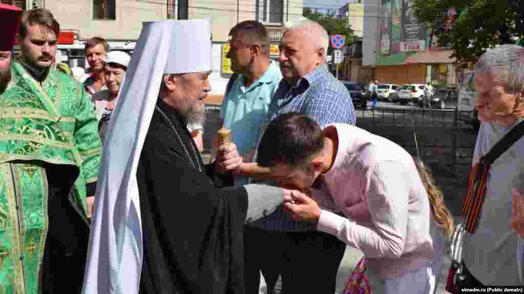 Крестный ход ко Дню семьи, любви и верности в Симферополе, 8 июля 2017 года