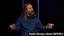 Emilian Galaicu-Păun în studioul Europei Libere