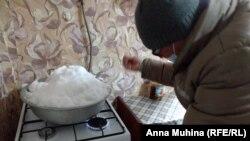 Жители поселка Уфимовский топят снег – другой воды нет
