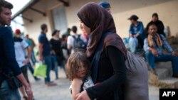 Мигранти во Демир Капија.