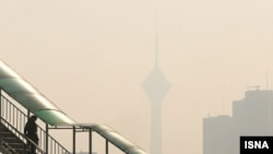 آلودگی هوا، تهران را به تعطیلی کشاند