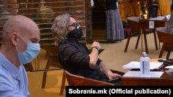 Пратениците на Левица, Борислав Крмов и Димитар Апасиев на Конститутивната седница на Собранието