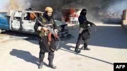 """مسلحون من تنظيم """"داعش"""""""