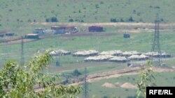 რუსი სამხედროების კარვების ქალაქი ცხინვალის რეგიონში