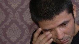 Новые заявления казахов из Китая о задержаниях в Синьцзяне. Видео Азаттыка.