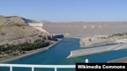 سد أتاتورك التركي على نهر الفرات