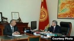 Кубатбек Боронов и Алмазбек Атамбаев.