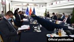 Лидерска средба кај претседателот Стево Пендаровски