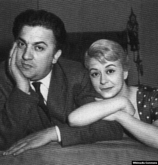 Federico Fellini və arvadı Giulietta Masina.