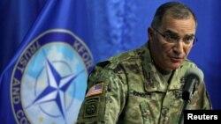 NATO-nyň Ýewropadaky birleşen harby güýçleriniň kommandiri Kýortis Skaparrotti.