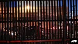 Calexico, California la granița dintre Statele Unite și Mexic, 19 noiembrie 2014.
