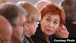 Елла Полякова