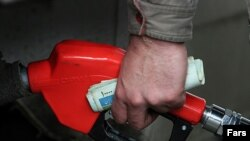 С начала года розничные цены на бензин в среднем по России снизились более чем на 7 процентов