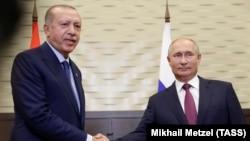 Presidentët e Turqisë dhe Rusisë, Recep Tayyip Erdogan dhe Vladimir Putin, Soçi, 17 shtator 2018.