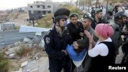 اعتراض یهودیان افراطی به تصمیم دولت برای تخریب بعضی از یهودینشینها
