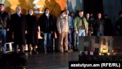 «Նոր Հայաստան»-ի հանրահավաքի հարթակը: 1-ը դեկտեմբերի, 2015 թ․