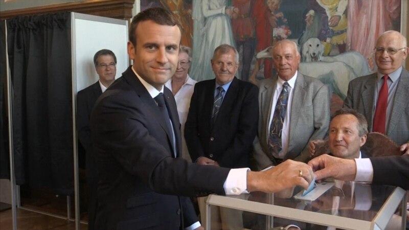 Во Франции во втором туре выборов низкая активность избирателей