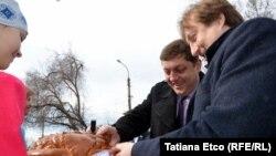 Deputaţi rusi în vizită la Comrat, în toiul campaniei electorale