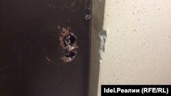 Взломанная дверь склада в штабе Навального