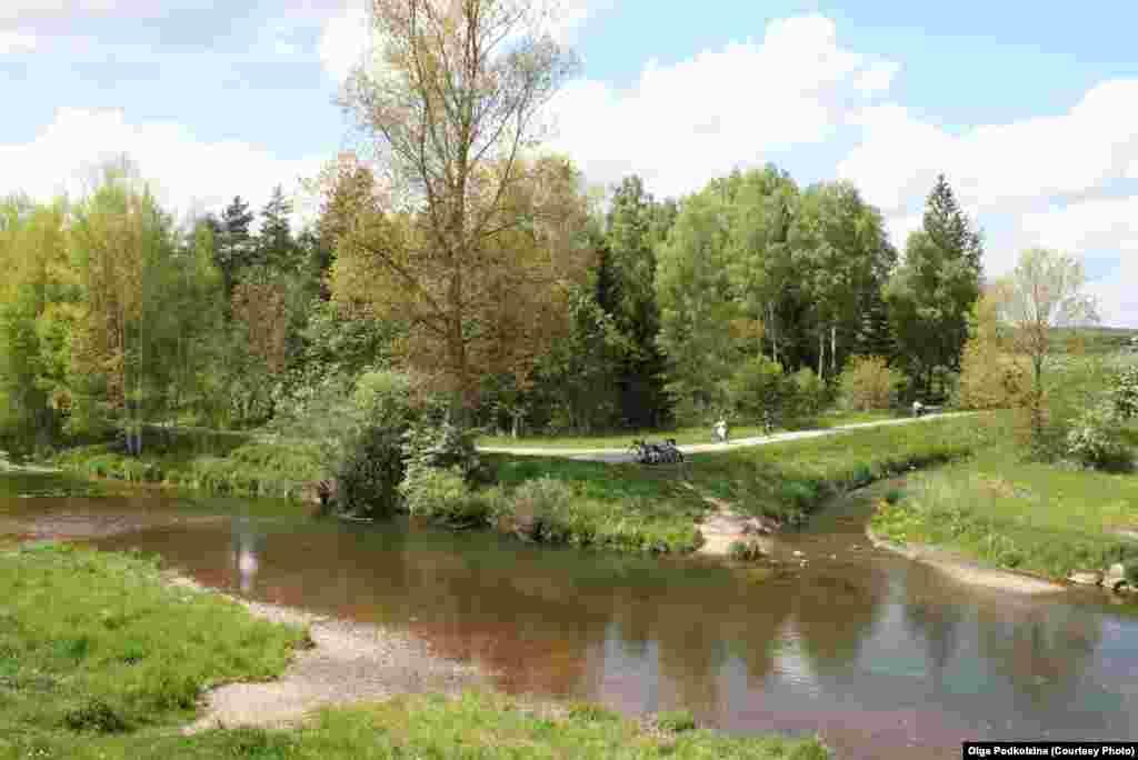 Дунай рождается у города Донауэшинген в Баден-Вюртемберге. Великую реку здесь можно перейти вброд. ФОТООЧЕРК ОЛЬГИ ПОДКОЛЗИНОЙ