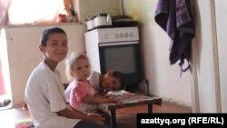 Шымкенттік көпбалалы ана Нағима Өскенбаеваның балалары. Шымкент, 29 тамыз 2017 жыл.