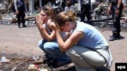 Индонезиянинг Бали оролида 2002 йил октябрида амалга оширилган террор ҳужумлари оқибатида нобуд бўлганларнинг аксари хорижлик сайëҳлар эди.