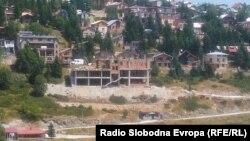 Изградба на џамија на Попова Шапка без одобрение за градба