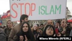Антимигрантски протест во прага.