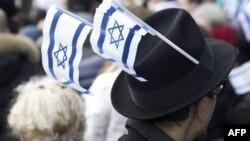 """Газета """"Республика Абхазия"""" пишет, что исповедующих иудаизм в республике осталось не больше 25 человек, членов еврейского общества """"Шалом"""" – столько же"""