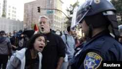 Протести во Оукланд