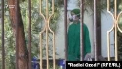 Маркази тиббии ба номи Карим Аҳмадов. 27-уми апрели 2020