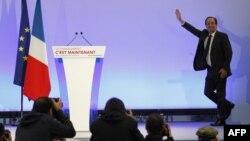 Ֆրանսուա Օլանդը Տուլեում հանդիպում է իր համախոհների հետ: 22-ը ապրիլի, 2012թ.
