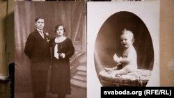 Батьки Алеся Сологуба, Олександр і Віра, і він сам в однорічному віці у Франції