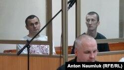Олег Сенцов і Олександр Кольченко у залі суду, Ростов-на-Дону