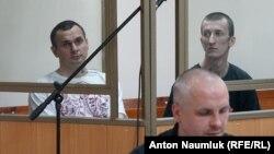 Олег Сенцов і Олександр Кольченко в залі суду, Ростов-на-Дону, 21 липня 2015 року