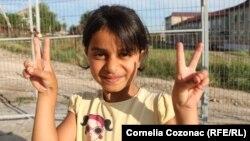 Un copil sirian la Mereni