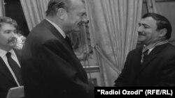 Давлатманди Хол бо Жак Ширак, раиси ҷумҳури собиқи Фаронса
