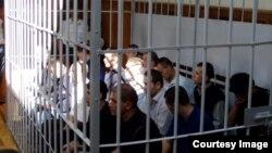 Анжиянда 2005-жылы демонстрацияга чыккандардын көбү камалган.